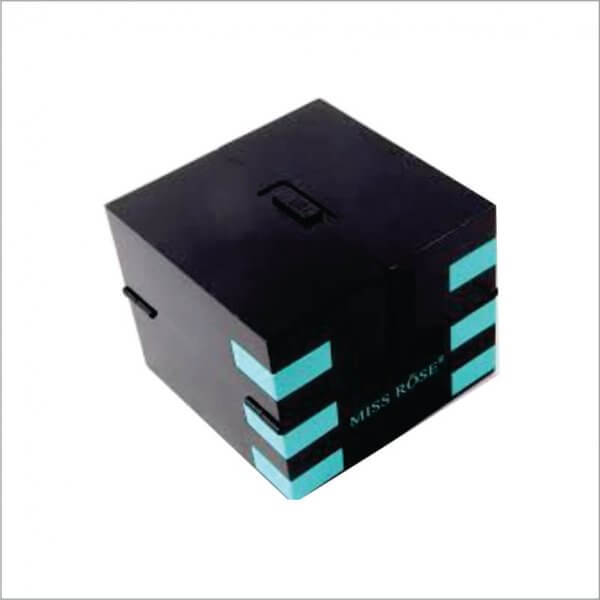 Custom-Eye-Shadow-Boxes
