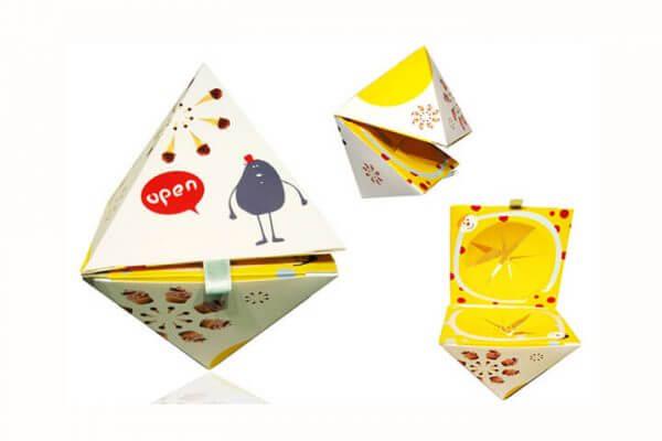 Custom-Pyramid-Boxes