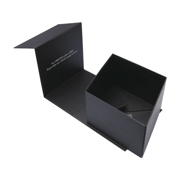 Custom-Magnetic-Closure-Boxes